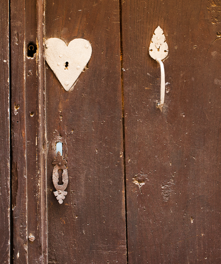 Knockers… & letterboxes